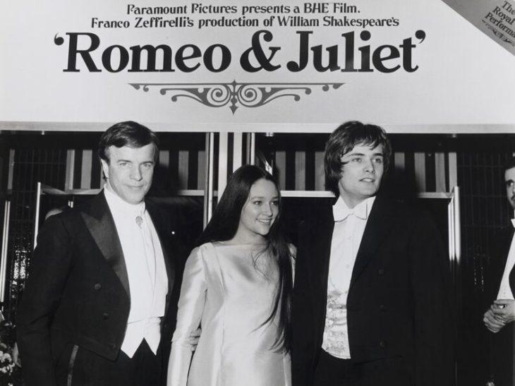 Franco Zeffirelli con Olivia Hussey e Leonard Whiting, protagonisti del film Romeo Giulietta, Londra 1968. Diritti Fondazione Franco Zeffirelli_preview