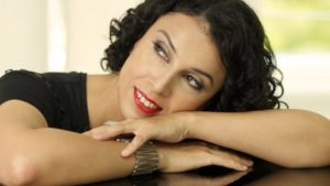 Paula Morelenbaum (di Cristian Gaul)