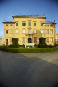 14-015 NYU Florence – Students in Italy and the Italians in English Literature from the Romantics to Modernism class with Professor Dorothea Barrett tour the Villa La Pietra and see various rooms artwork and the formal gardens