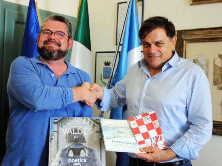 Foto Andrea Censi (Sindaco Zibello) e Alberto Giovannetti (Pietrasanta)