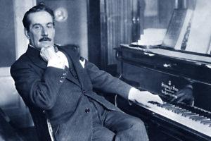 Giacomo_Puccini_pianoforte