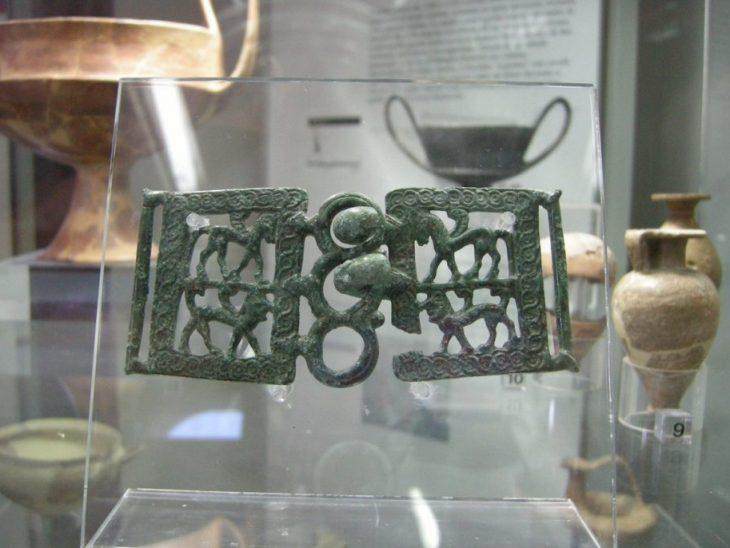 Museo archeologico di massa_marittima fibbia etrusca