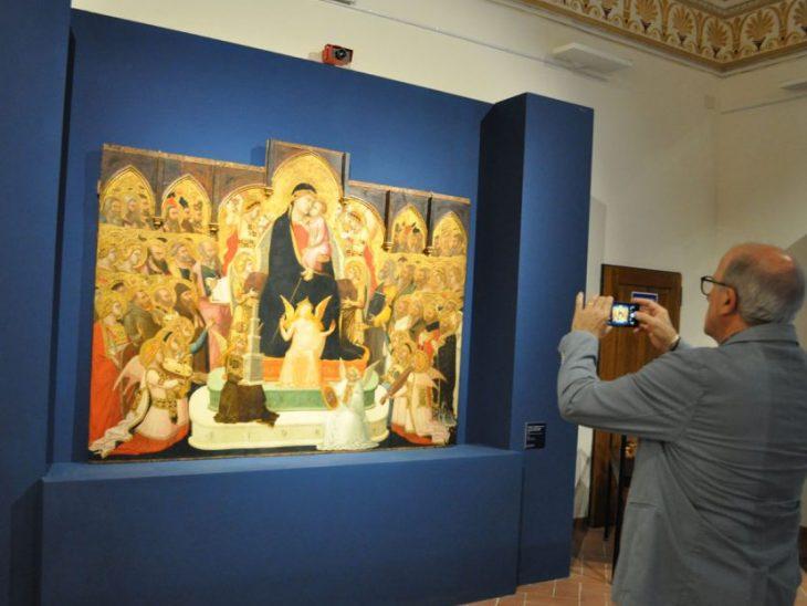 la maestà di Lorenzetti in mostra