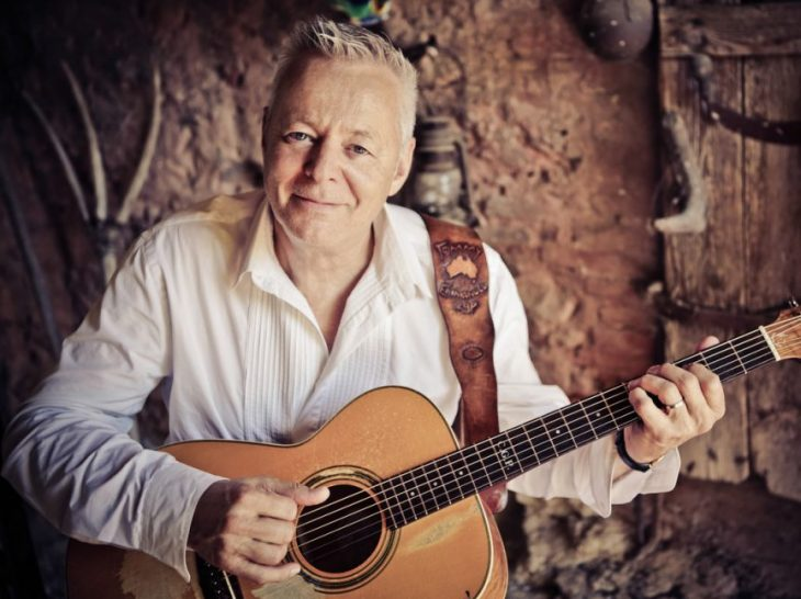 Tommy Emmanuel Solo_Promo_Photo_1