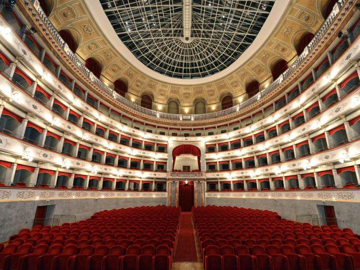 Teatro Goldoni Livorno_interno_foto (leggera) di A. Bizzi