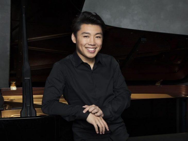 GeorgeLi-pianist3-photocreditSimonFowler