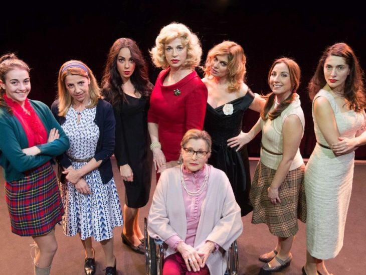 Otto donne e un mistero (2)