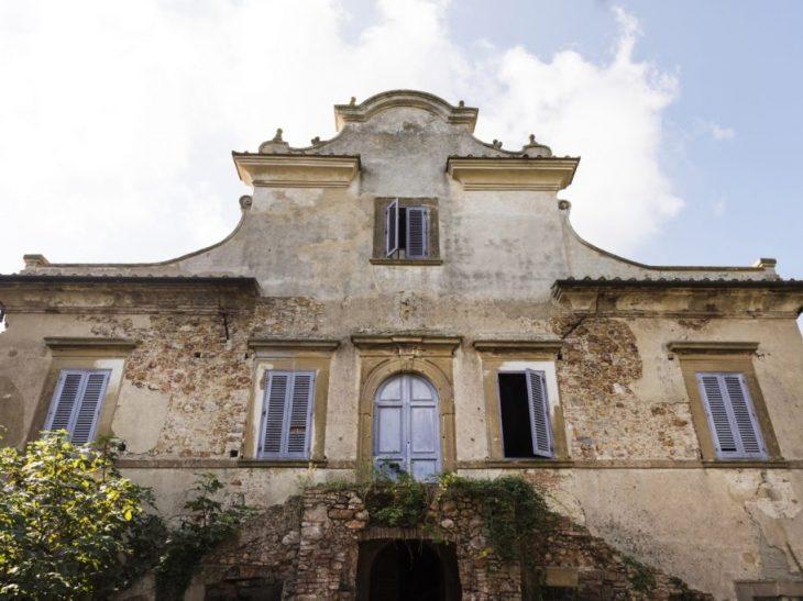 Villa Mirabello facciata set2018