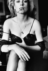 Catherine-Deneuve-Esquire-1976-C-Helmut-Newton-Foundation-Berlin