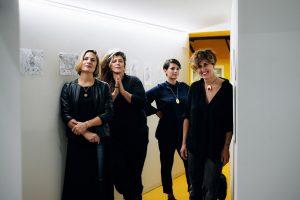 Uovo alla Pop – Da sn-Valeria Aretusi, Viola Barbara, Libera Capezzone, Giulia Bernini – Foto OPS collettivo (1280×854)
