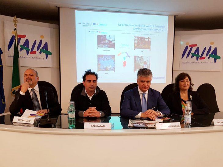 Foto presentazione Pietrasanta Grand Tour Enit
