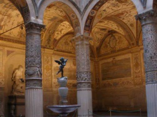 Palazzo_vecchio_cortile_di_michelozzo