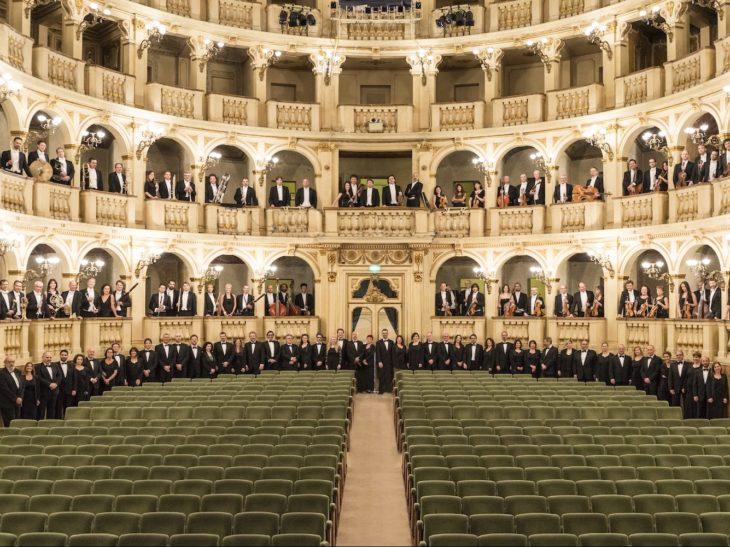 Solo_Orchestra_Coro_Comunale_Bologna_i4q1830_2©Rocco.Casaluci_2015 copia
