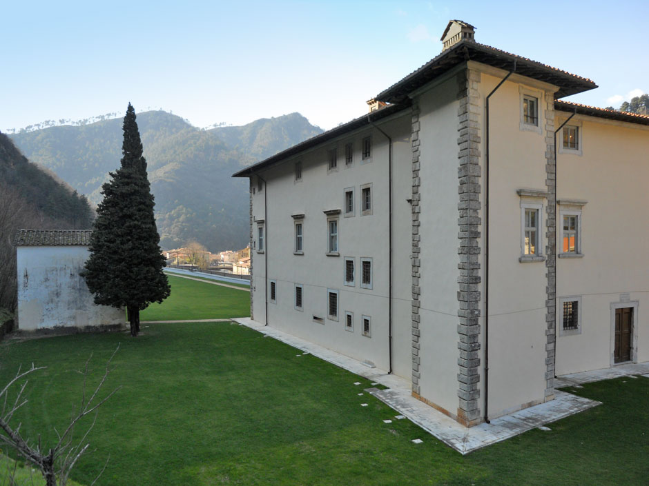 monumenti_palazzo_mediceo_06