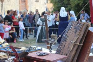 Foto allestimento Pietrasanta Medievale