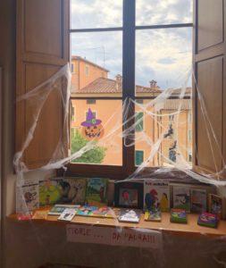 Foto area bambini Halloween Biblioteca