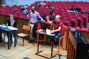 Il regista Gianmaria Aliverta ed il direttore Daniele Agiman al Goldoni durante le prove_1 leggera