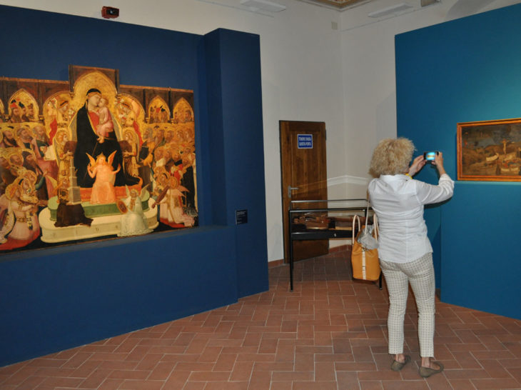 San Pietro all'orto con Maestà di Lorenzetti