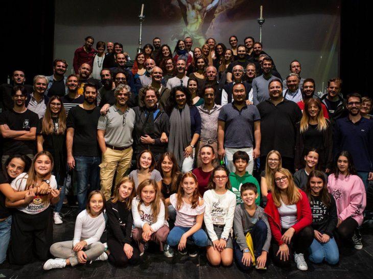Tosca – foto di gruppo in palcoscenico