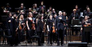 Concerto di Capodanno al Goldoni_Lorenzo Sbaffi direttore (Foto 2 di Augusto Bizzi)