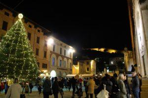 Foto panoramica Natale Piazza Duomo