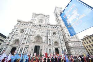 LA CAVALCATA DEI MAGIPer lÕEpifania, un solenne corteo di figuranti attraverserˆ il centro di Firenze per rievocare l'antica tradizione fiorentina della Festa deÕ Magi