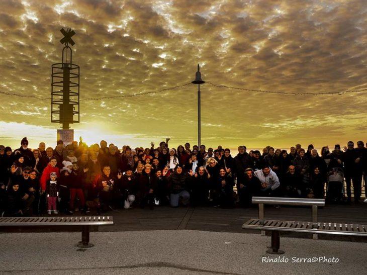 Foto gruppo fotografi amatori tramonto Pietrasanta
