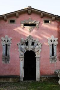 2_Particolare edificio Fonte della Fata Morgana_ph Clara Vannucci