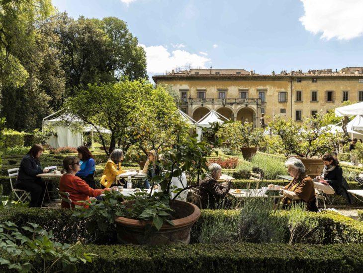 7 Artigianato e Palazzo area ristoro__ph Alessandro Moggi