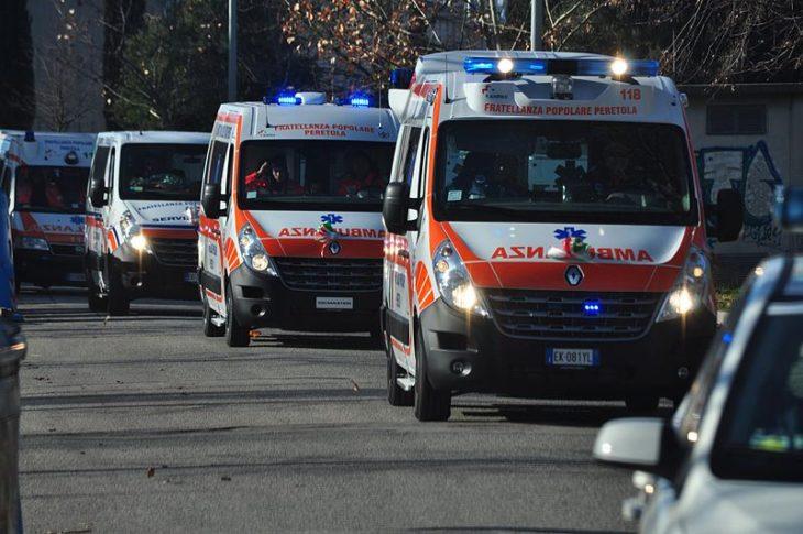 800px-Ambulanza_fpp